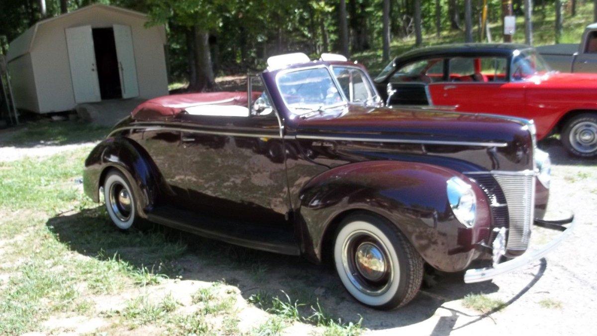 1940-ford-convertible-hot-rod-street-rod-classic-beautiful-machine-1.JPG