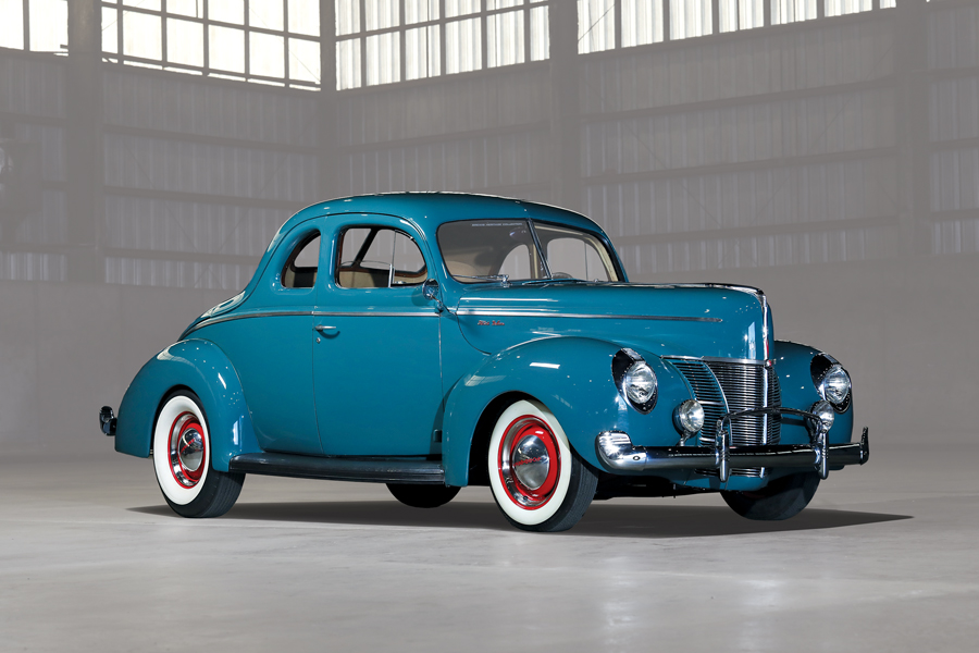 1940-ford-deluxe-coupe-front.jpg