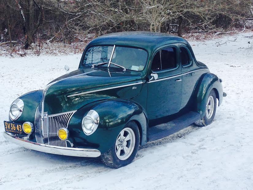 1940 ford in snow.jpg