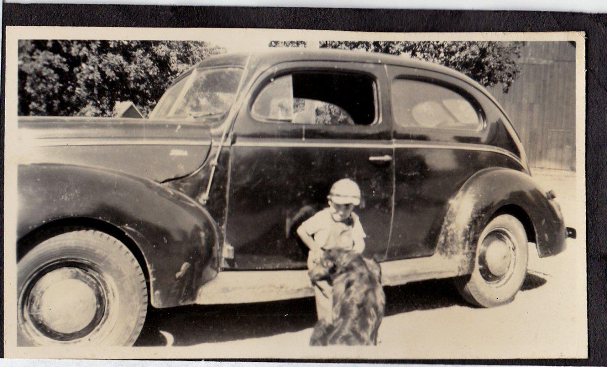 1940 Ford.jpg