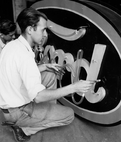 1940 Ford neon sign.jpg