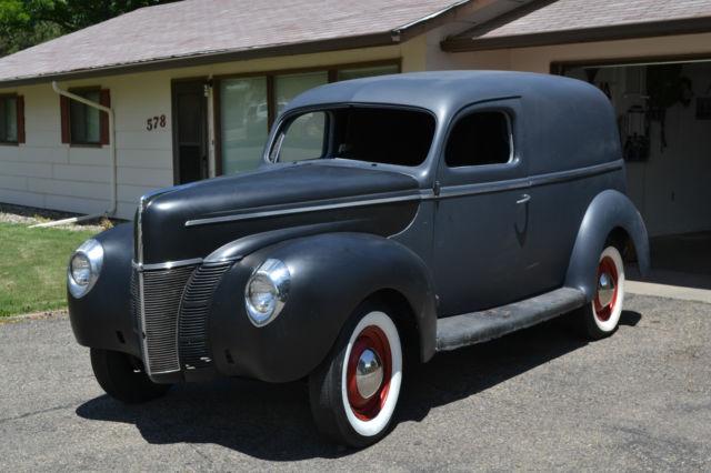 1940-ford-sedan-delivery-1.JPG