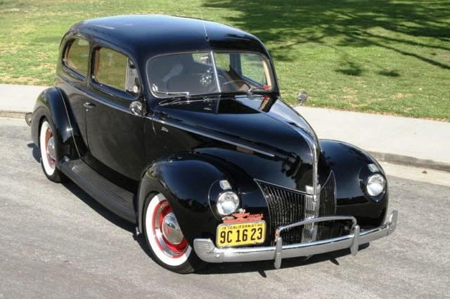 1940-ford-standard-tudor-2.jpg