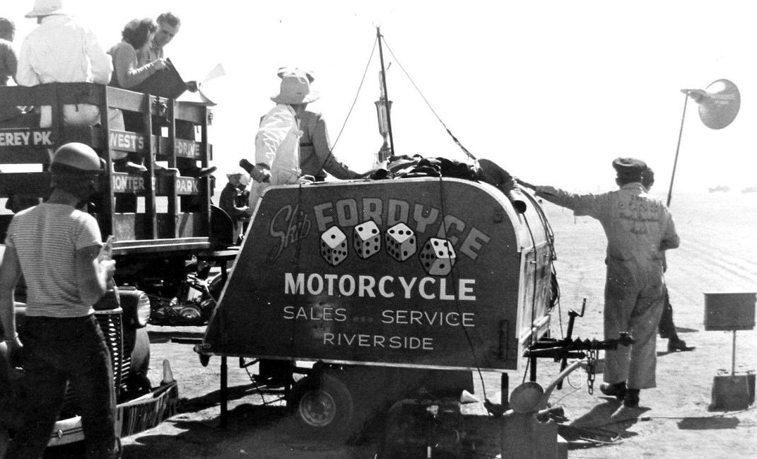 1940 motorcycle service truck Riverside CA.JPG