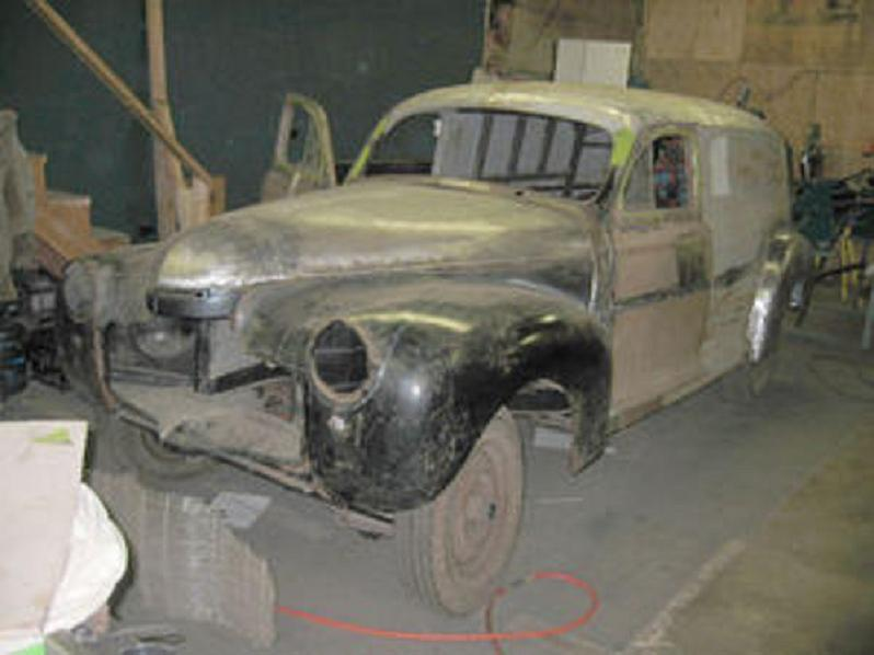 1941 Chev Sedan Delivery front.jpg