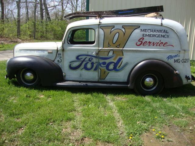 1941-ford-panel-delivery-truck-hot-rod-1932-street-rod-deuce-halibrand-1933-1934-12.JPG