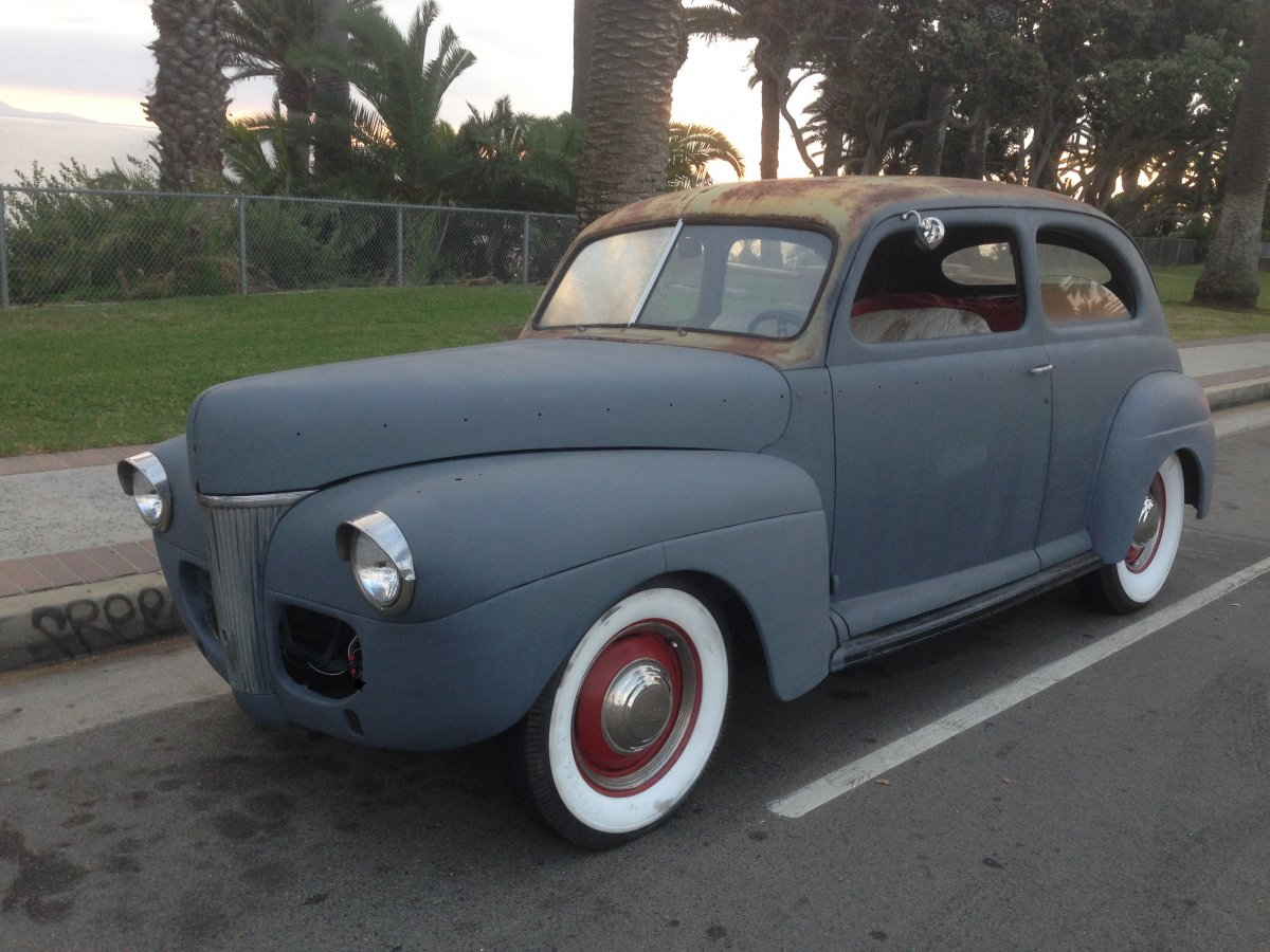 1941 Ford Tudor-Exterior 055.JPG