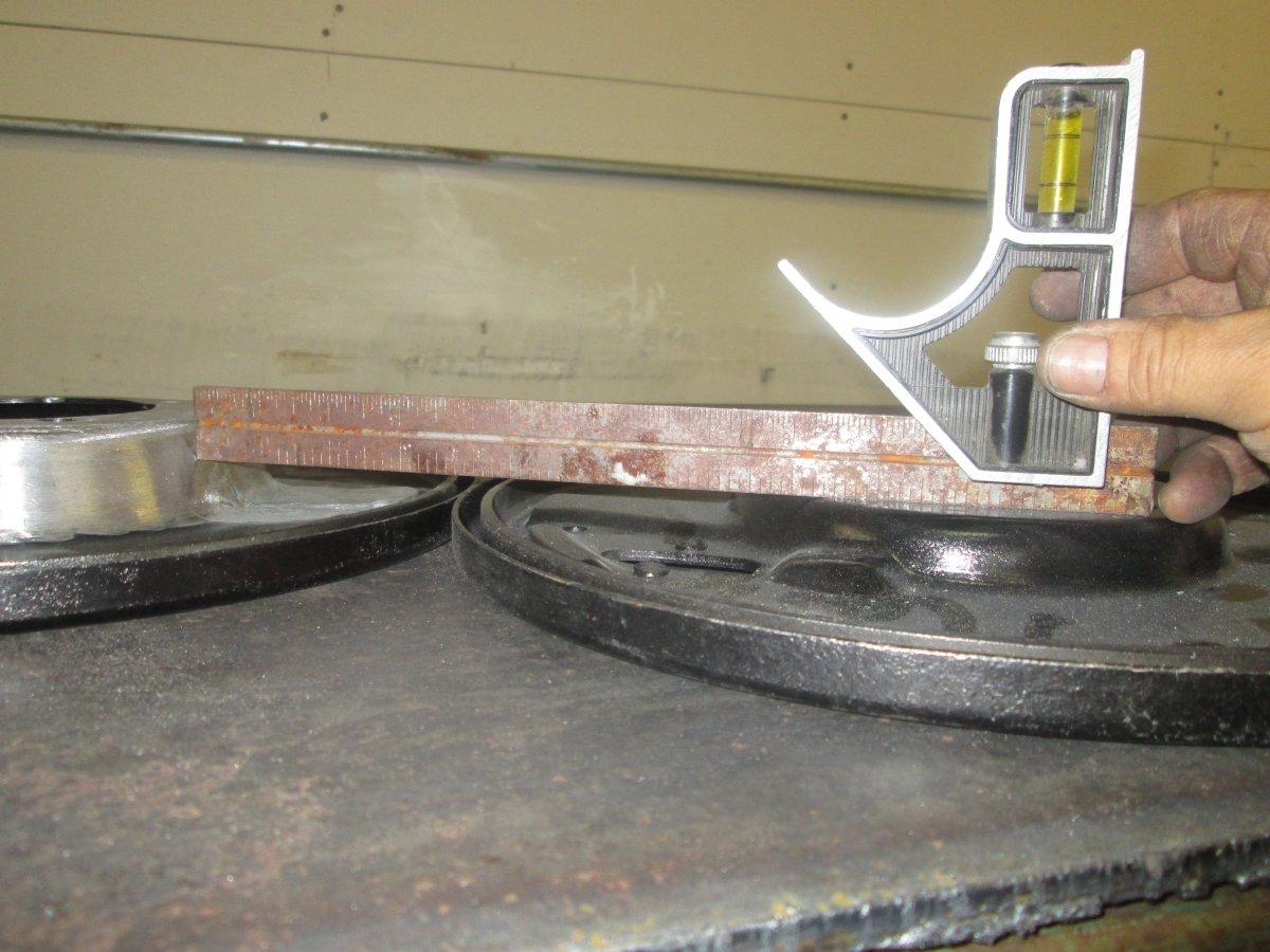 1941 merc lincoln brakes 006.JPG
