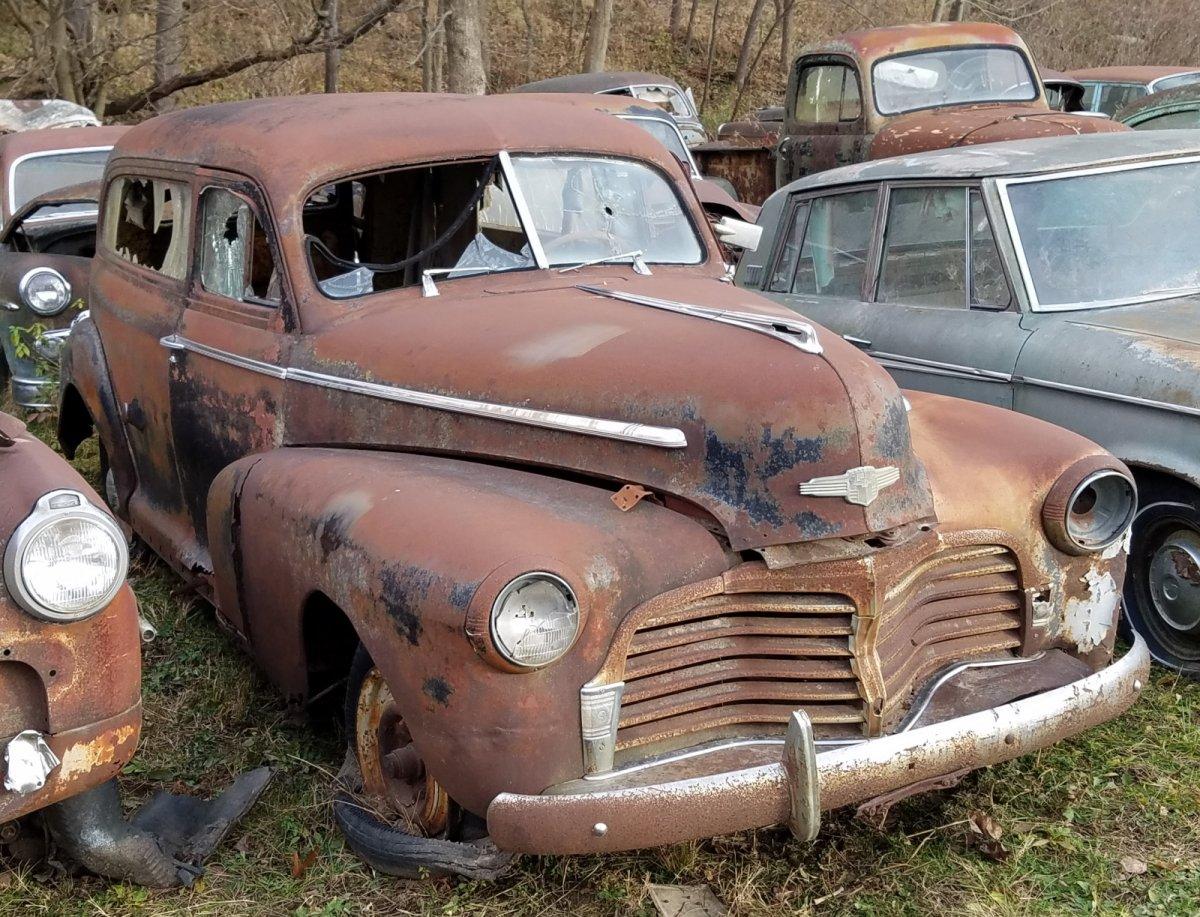 1942 Chevy Sedan Delivery (1).jpg