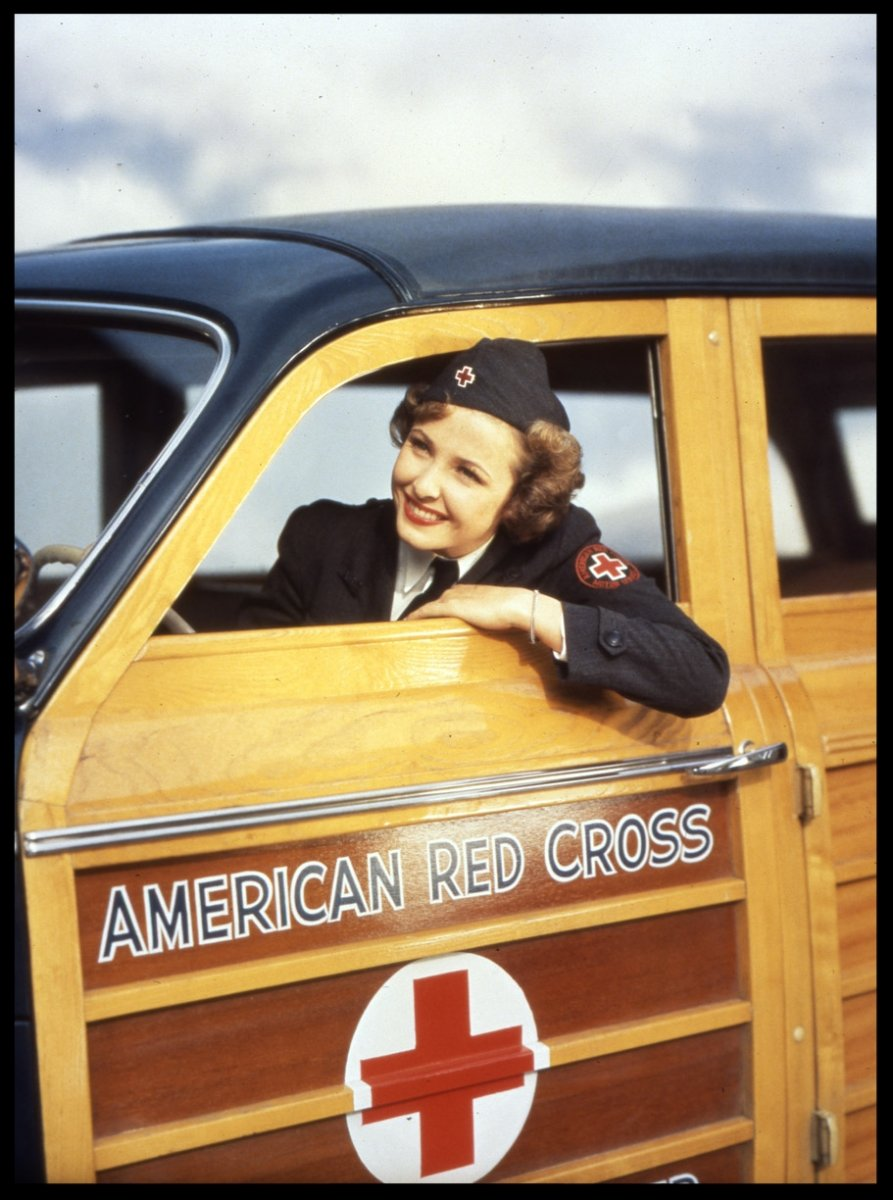 1944 WW!! car woody American Red Cross.jpg