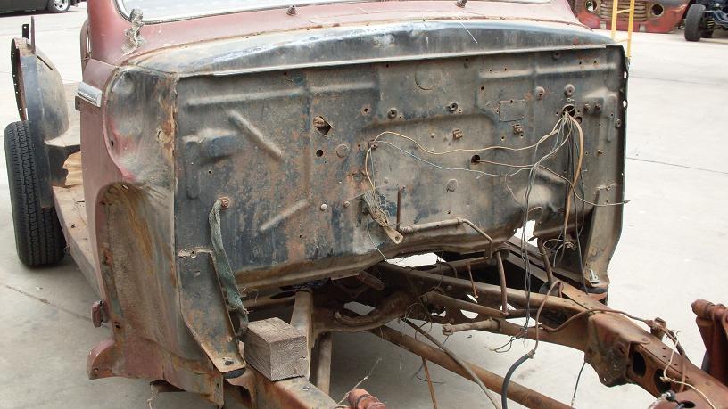 1947 Ford stock station wagon 6-2010 004.jpg