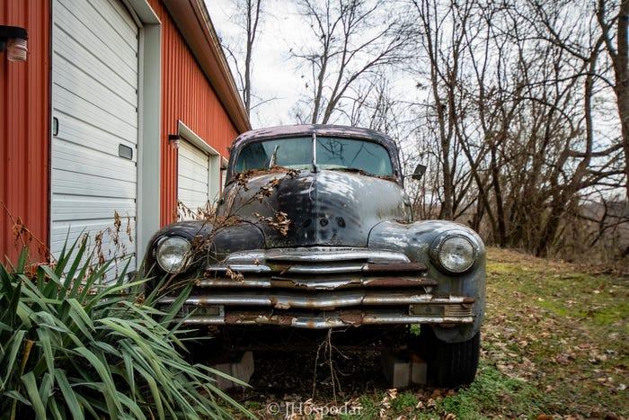 1948 Chevrolet Sedan (1).jpg