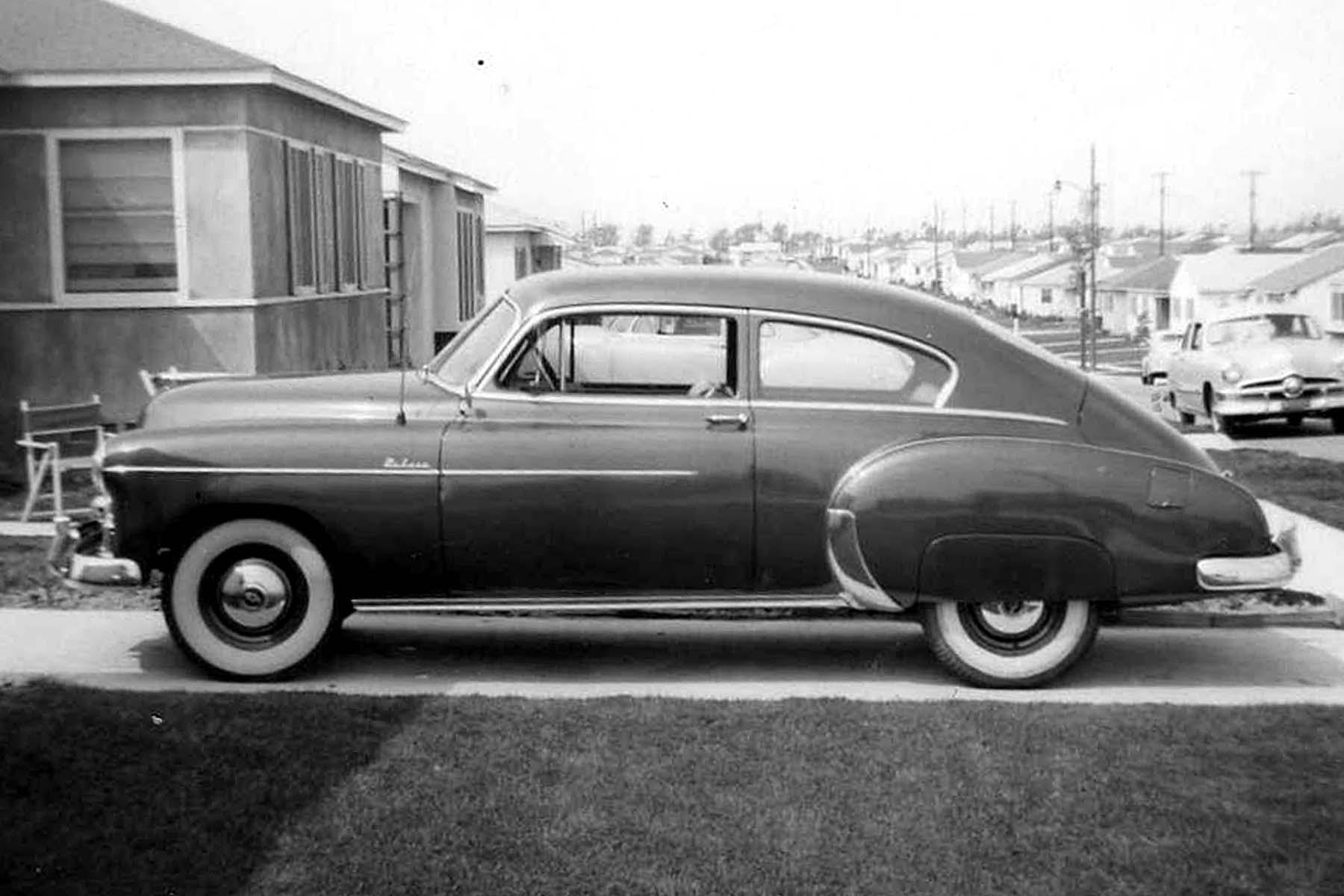 Image gallery 49 chevy fleetline for 1949 chevy fleetline deluxe 4 door
