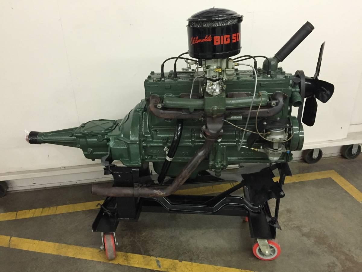 1949 olds engine 1.jpg