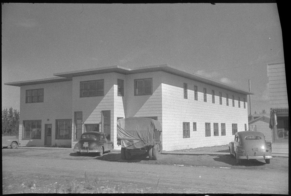 1950-7 Hay River Hotel NWT 1951.jpg