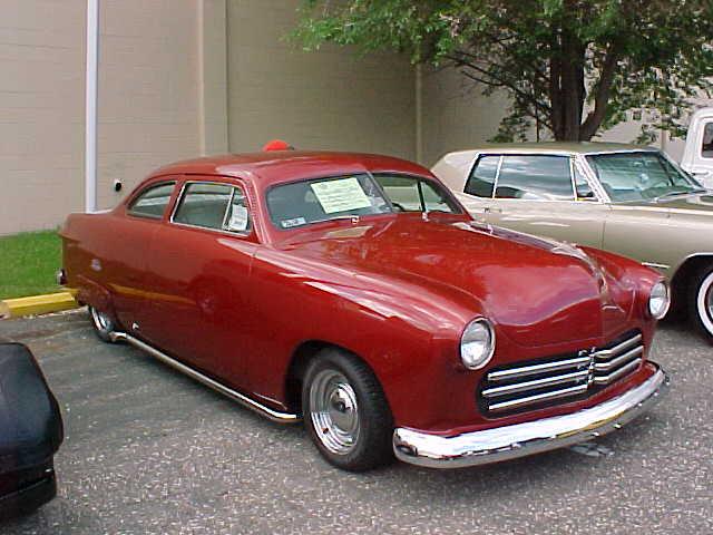 1950-ford-custom2dr-bebop01-1b.JPG