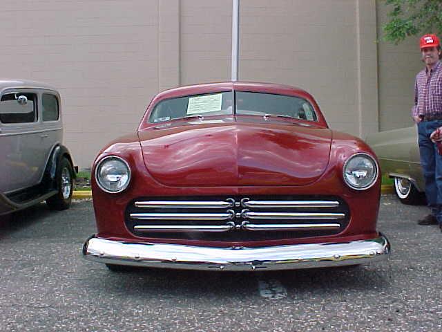 1950-ford-custom2dr-bebop01-1d.JPG