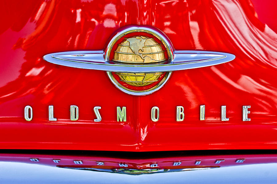 1950-oldsmobile-88-hood-emblem-jill-reger.jpg