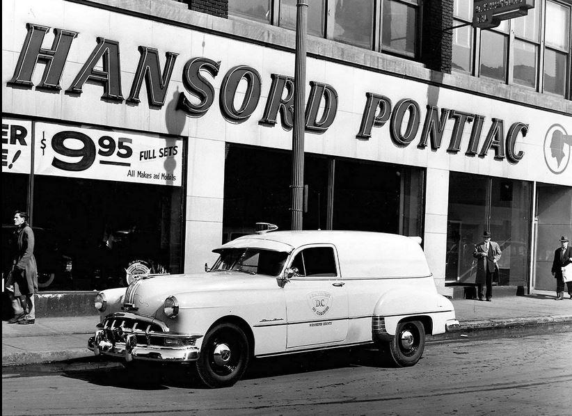 1950 pontiac Silver Streak panel delivery.JPG