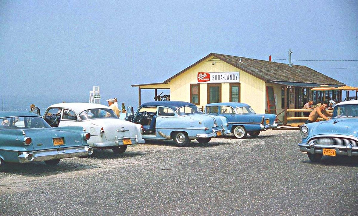1950s-and-1960s-Car-Photos.jpg