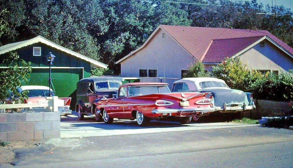 1950s-Cars-And-Panel-Truck.jpg