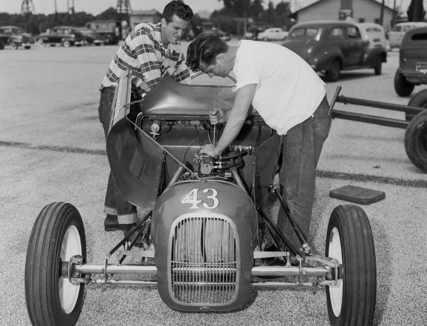 1952 Pomona, CA, Dave Allison & Jim Choner, 27 T Ford roadst.jpg