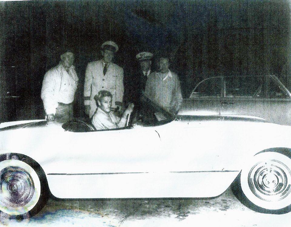 1953 Chevy Corvette #051 John Wayne.jpg