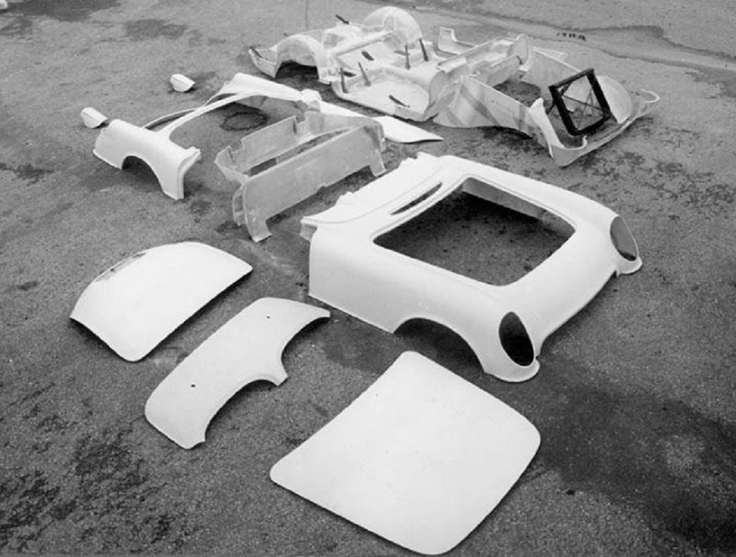 1953 Chevy Corvette some assembly 2.jpg