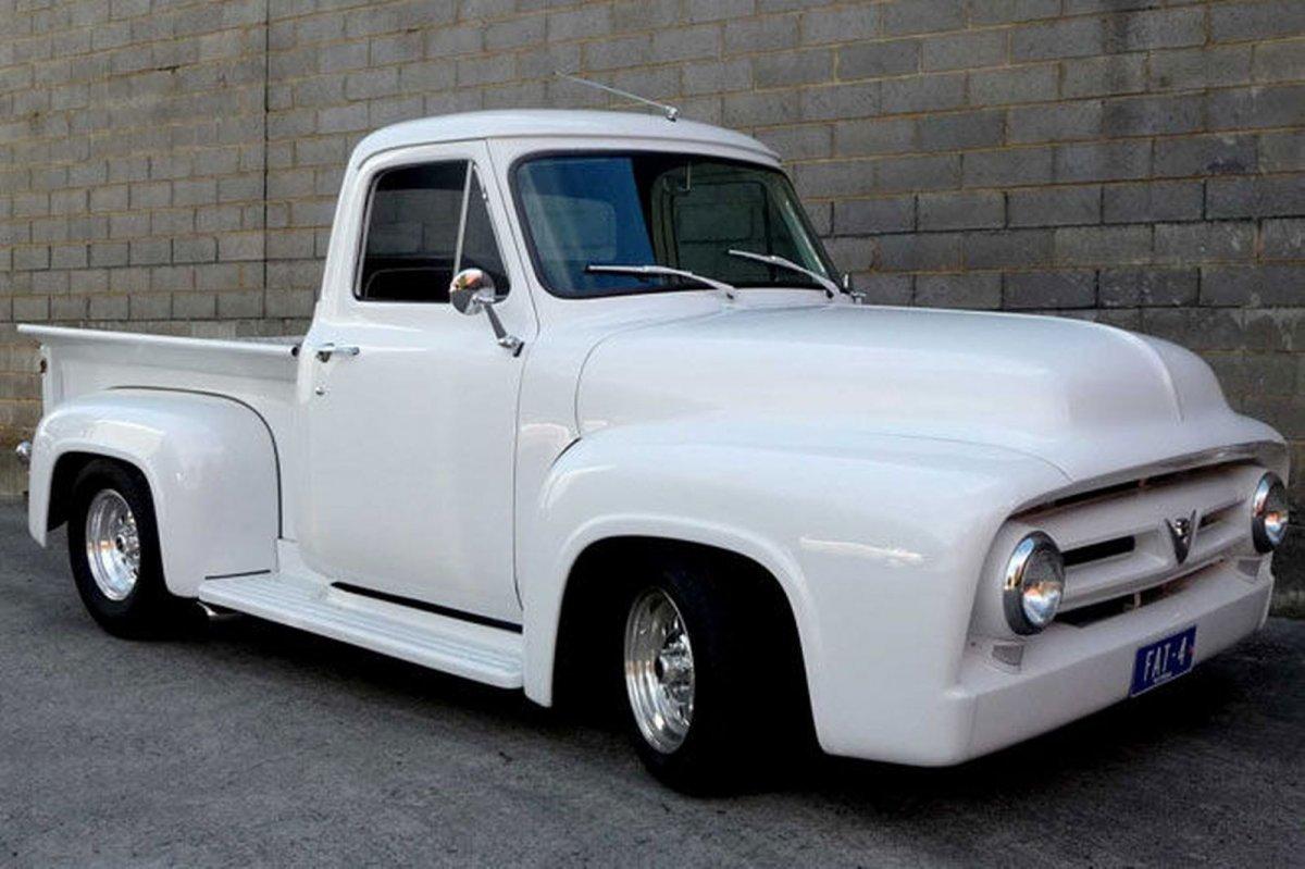 1953-ford-f100-custom-utility.jpg