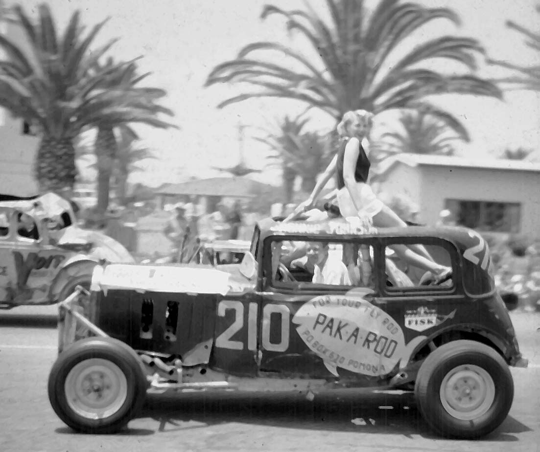 1953-RONNIE JOHNSON hb parade.jpg