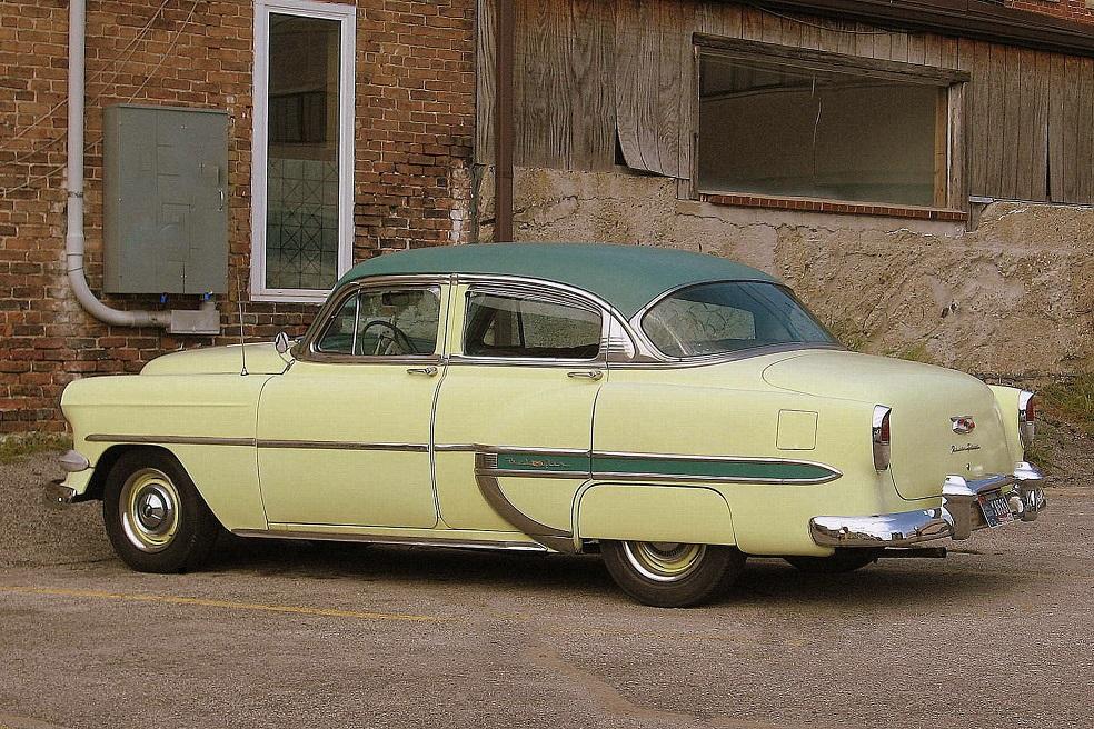 1954 Chevrolet Bel-Air.JPG