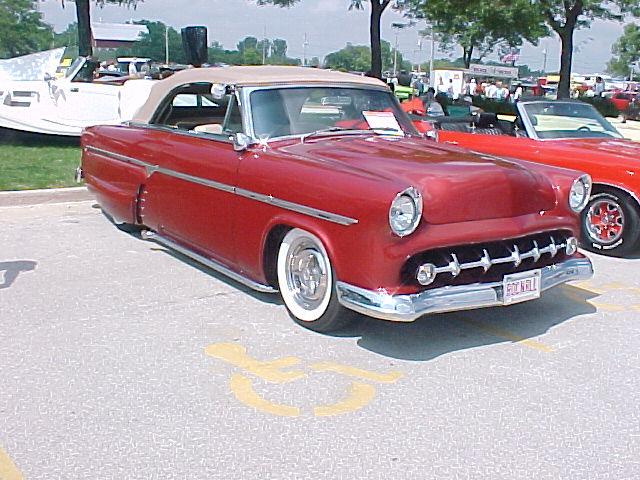 1954-ford-customcv-wuakesha02-1a.JPG