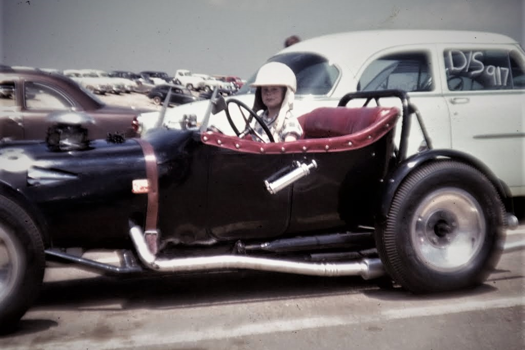 1954 - Paradise Mesa Drags (1).png