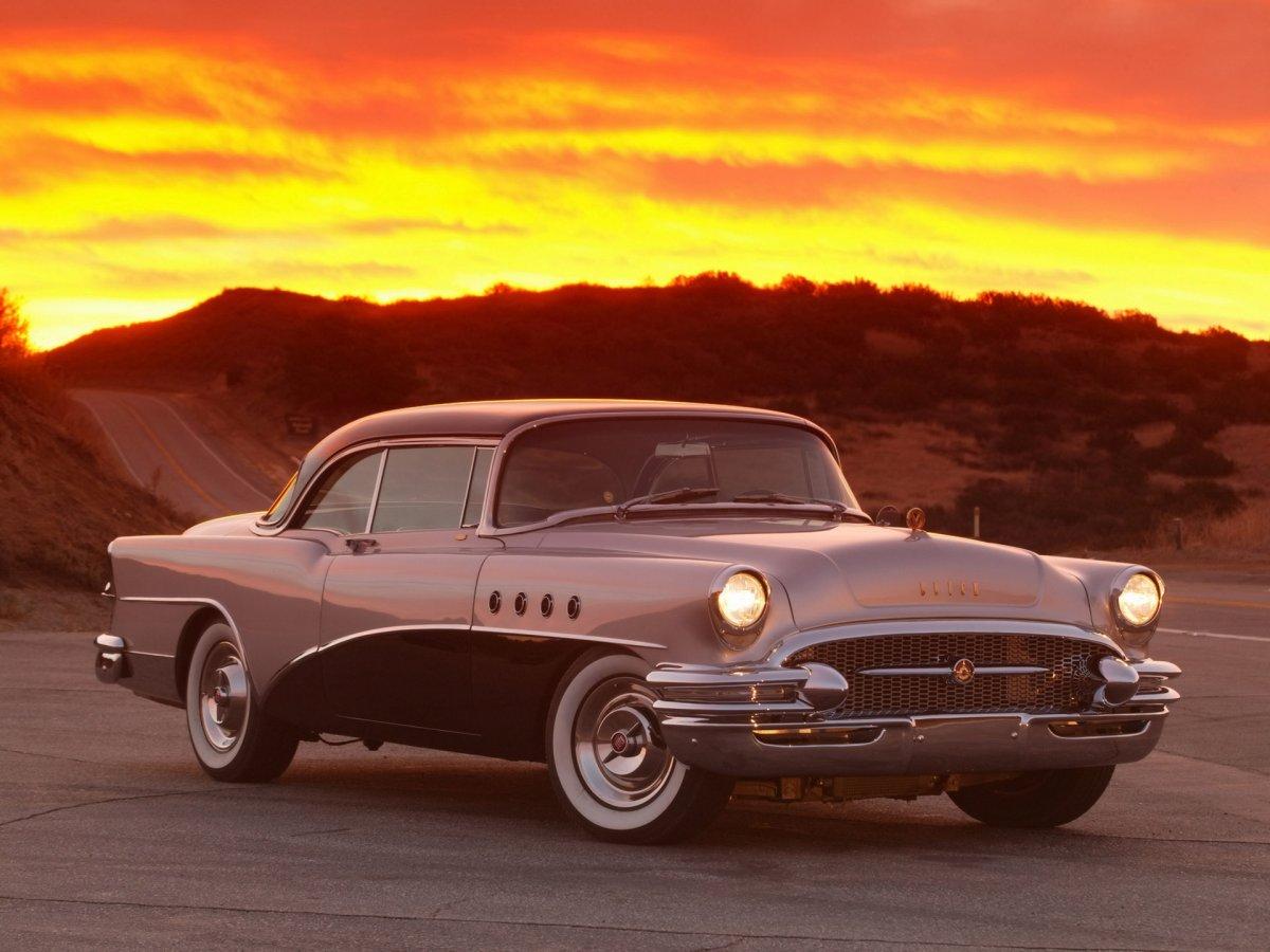 1955-Buick-Roadmaster-Jay-Leno-Sunset-1920x1440.jpg