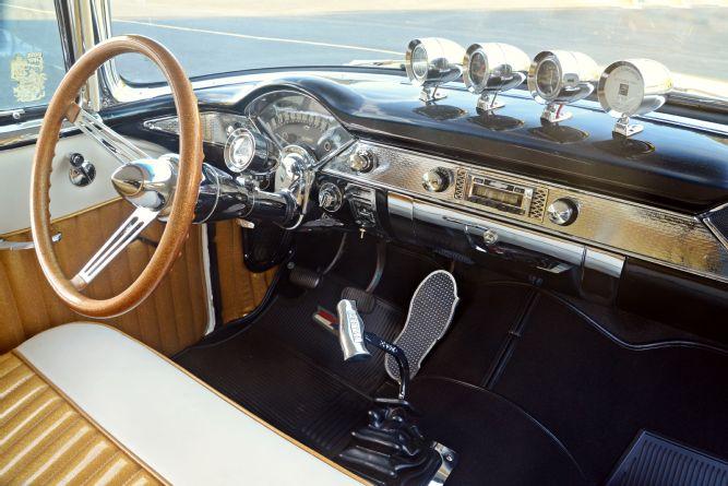 1955-chevy-gasser-dashboard.jpg