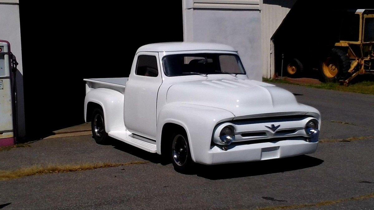 1955-ford-f100-custom-pickup-truck-500hp-429-ford-motor-13.JPG
