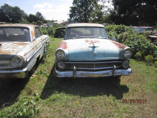 1955 ford ranch wagon 001.JPG