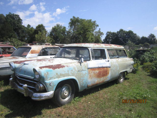 1955 ford ranch wagon 002.JPG