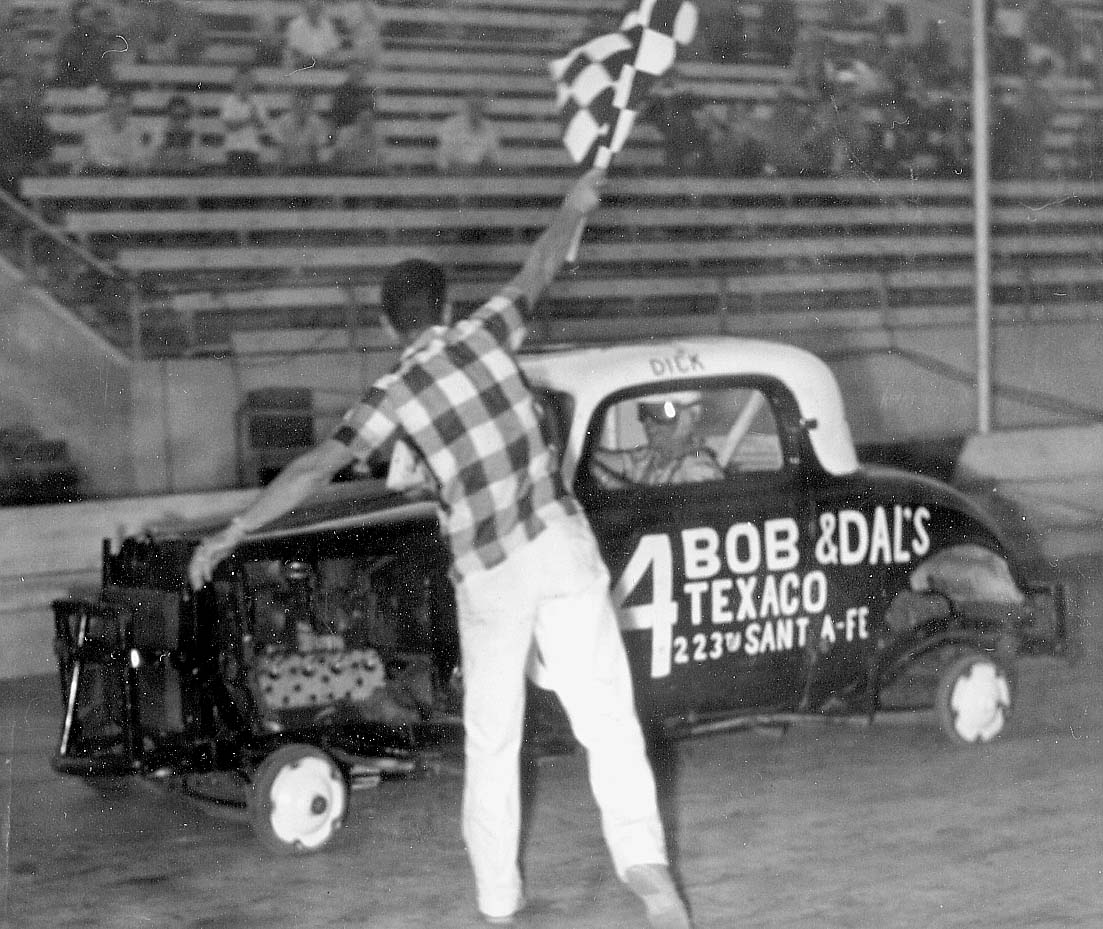 1955-RH14-lb-84 wins wins with no tires.jpg