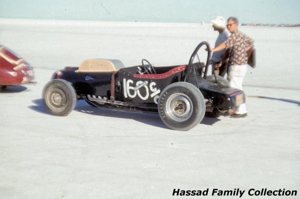 1956 - #160 Ira Hassad's C Gas Roadster in line for start (1).jpg
