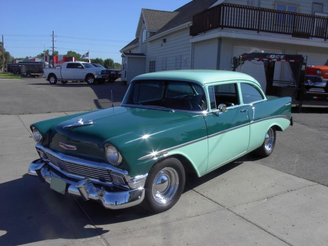 1956-56-chevy-chevrolet-belair-150-210-sedan-post-hardtop-350-700r-super-nice-3.jpg