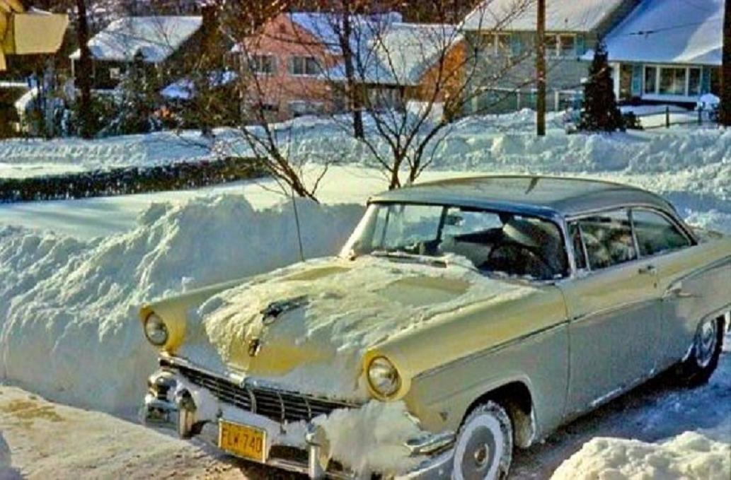 1956 Ford 2 tone in the snow.jpg