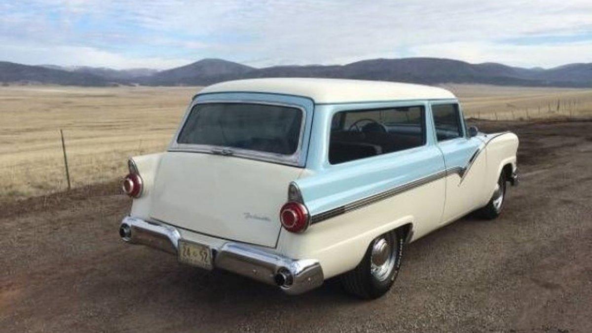 1956-Ford-Station Wagon Series-American Classics--Car-100824317-f0d1d70348c4e8958590c013c2269726.jpg