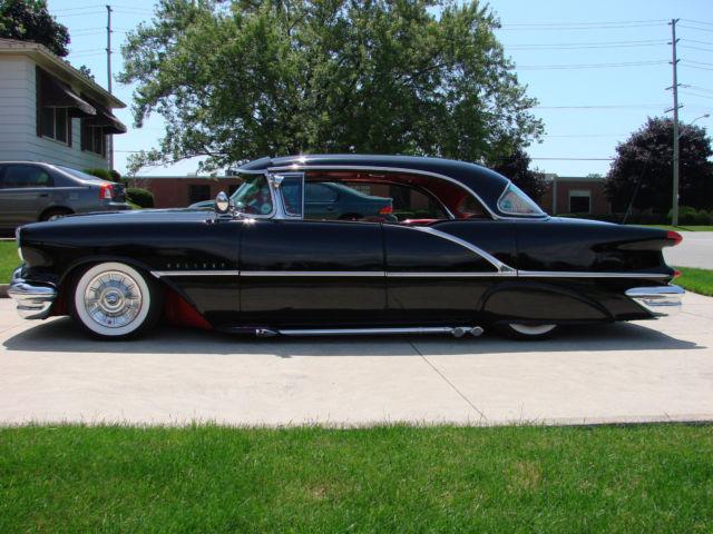 1956-olds-holiday-88-4-door-hartop-custom-5.jpg