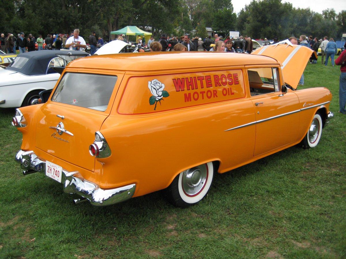 1956_Canadian_Pontiac_Pathfinder_Sedan_Delivery.jpg
