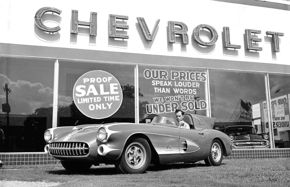1957 Chevy Corvette SR1 at dealer.jpg