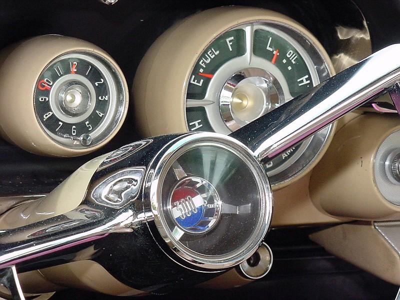 1957 Chrysler 300C Dash (3).jpg