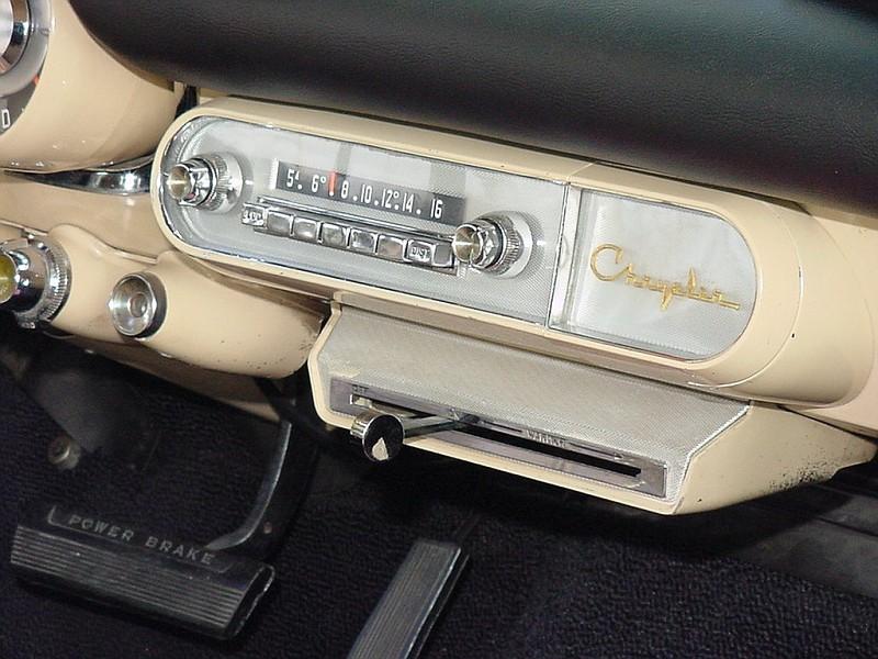1957 Chrysler 300C Dash (4).jpg