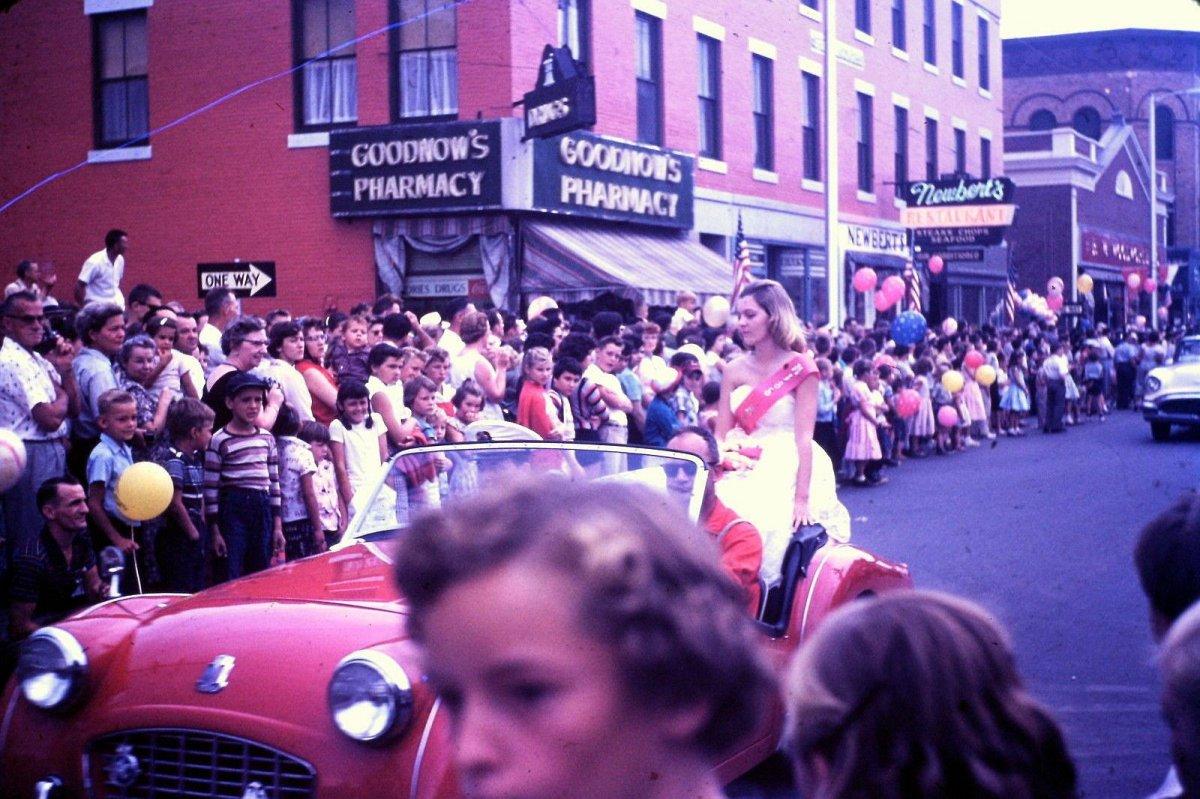 1957 Festival Parade.jpg