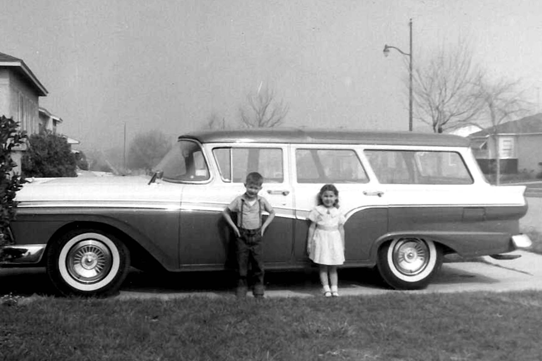 1957 ford country squire station wagon.jpg